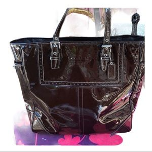 F11520 Coach Brown Patent Leather Gallery tote